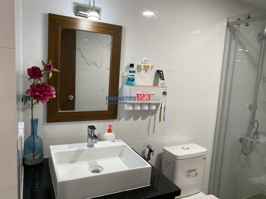 Chính chủ bán hoặc cho thuê căn hộ 2pn đến 3pn đầy đủ nội thất tại 99 Nguyễn Thị Thập Q7