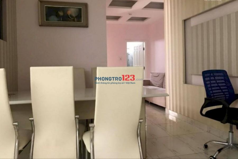 Chính chủ cho thuê căn hộ đầy đủ nội thất 140m2 3pn tại Lạc Long Quân P5 Q11