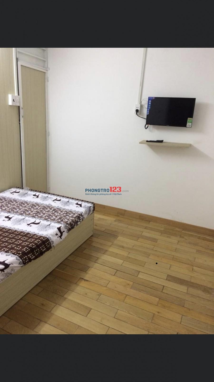 Cho thuê phòng có sẵn nội thất giá 3tr1 ngay ban công nhỏ, và 3tr. Nội thất như nhau