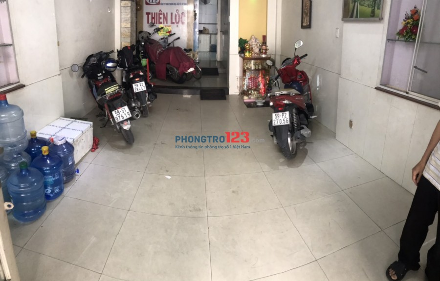 Cho thuê mặt bằng và phòng nhà hẻm xe tải số 947/28 Lạc Long Quân P11 Q Tân Bình
