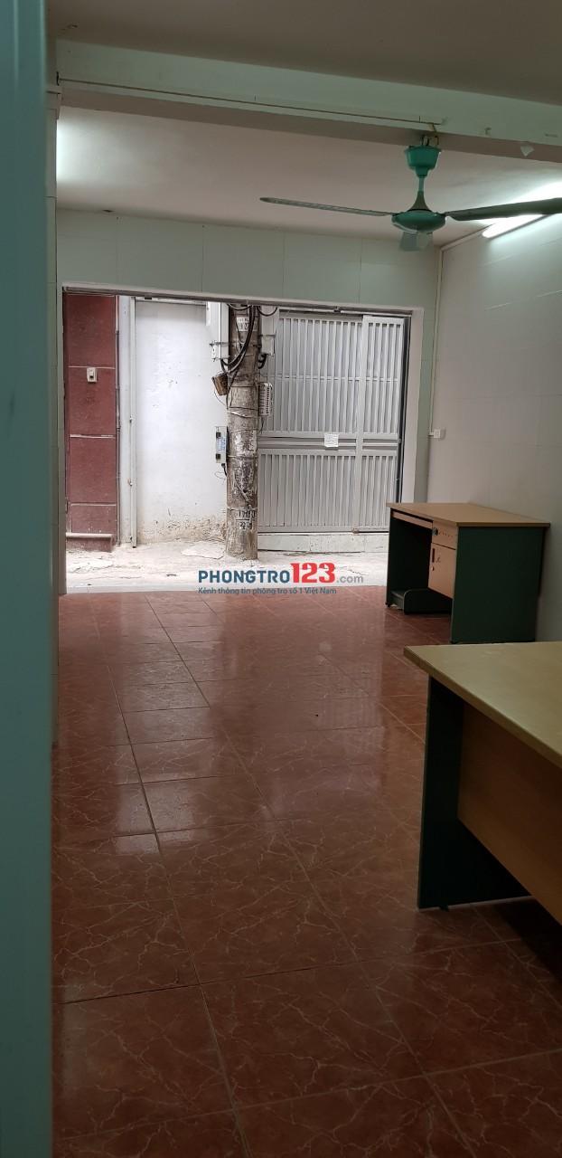 Cho thuê nhà 2 tầng ngõ 94 Hoàng Ngân tiện kinh doanh online, lớp học, kho công ty: 54m2 - 1 VS