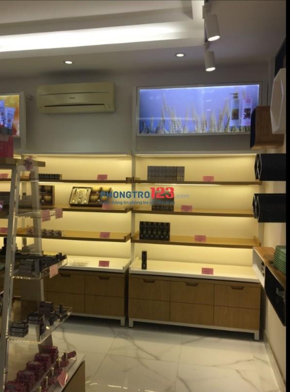 Cho thuê mặt bằng mặt tiền 110m2 có sẵn nội thất tại Hưng Phước P Tân Phong Quận 7