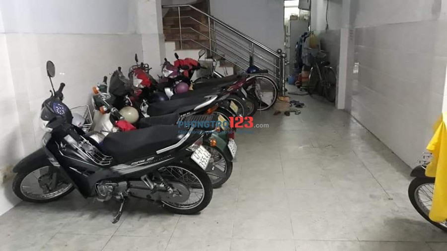 Tìm 1 nữ ở ghép phòng 30m2, tại Tân Vĩnh quận 4, giá 1.3tr/tháng