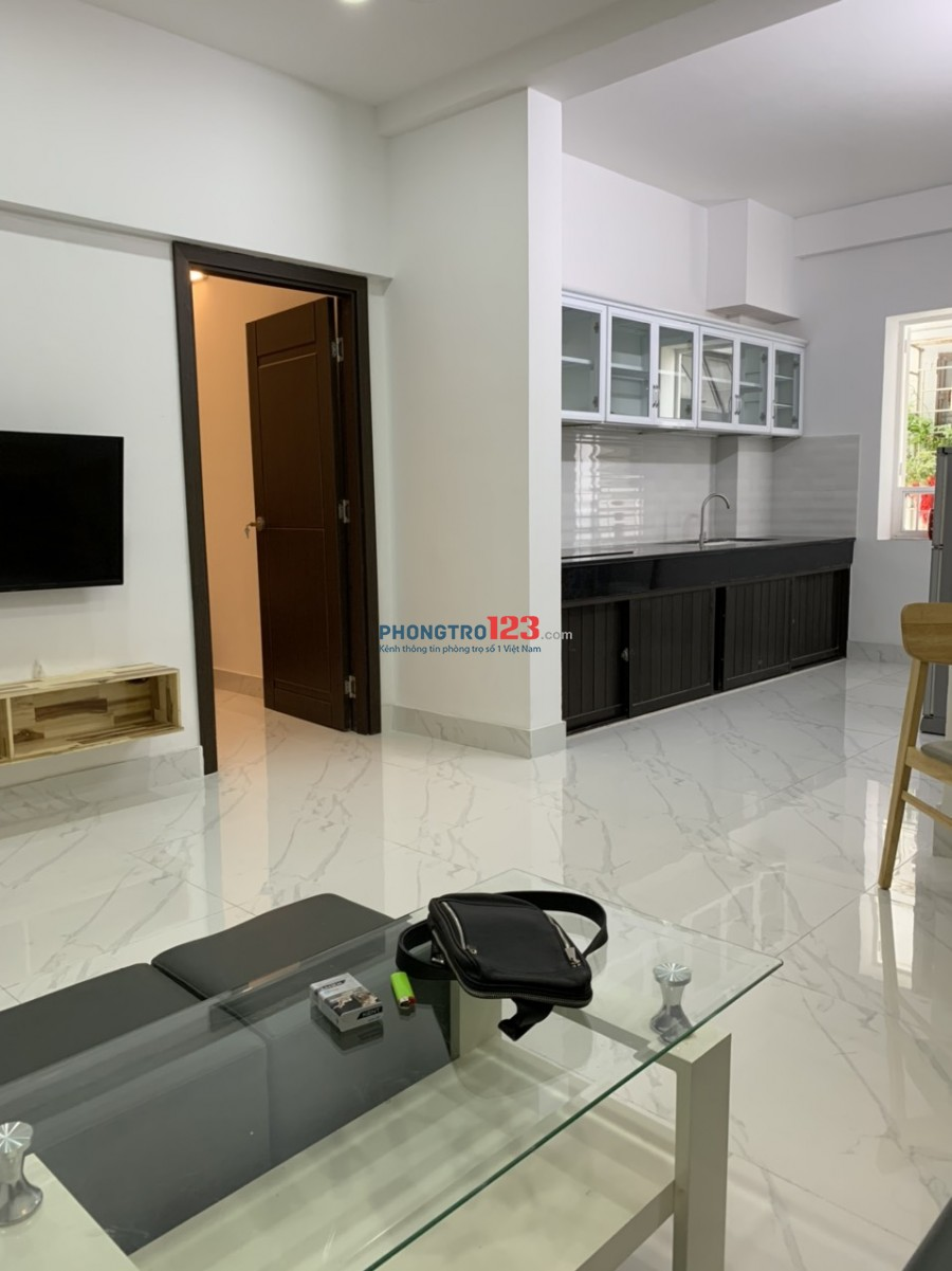 Cho thuê căn hộ H1 Hoàng Diệu, Quận 4, nội thất đầy đủ, 2PN, 1WC 9tr/tháng (ngã 4 Hoàng Diệu-Vĩnh Khánh)