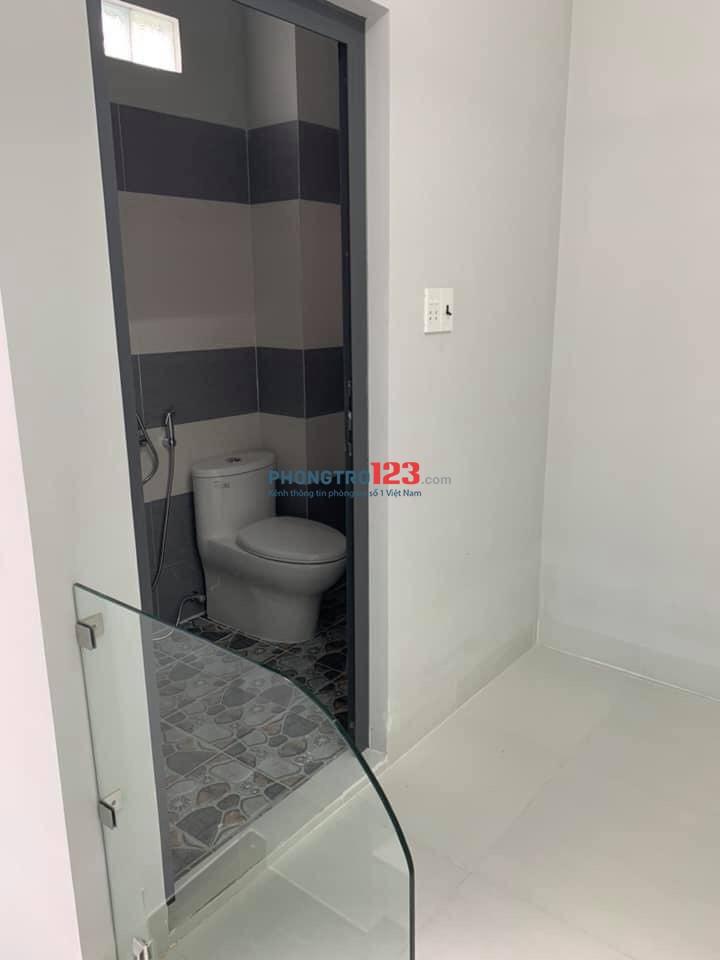Cho thuê nhà căn hộ mini hẻm Bà Triệu giá 4tr/tháng. Nhà mới, sạch đẹp