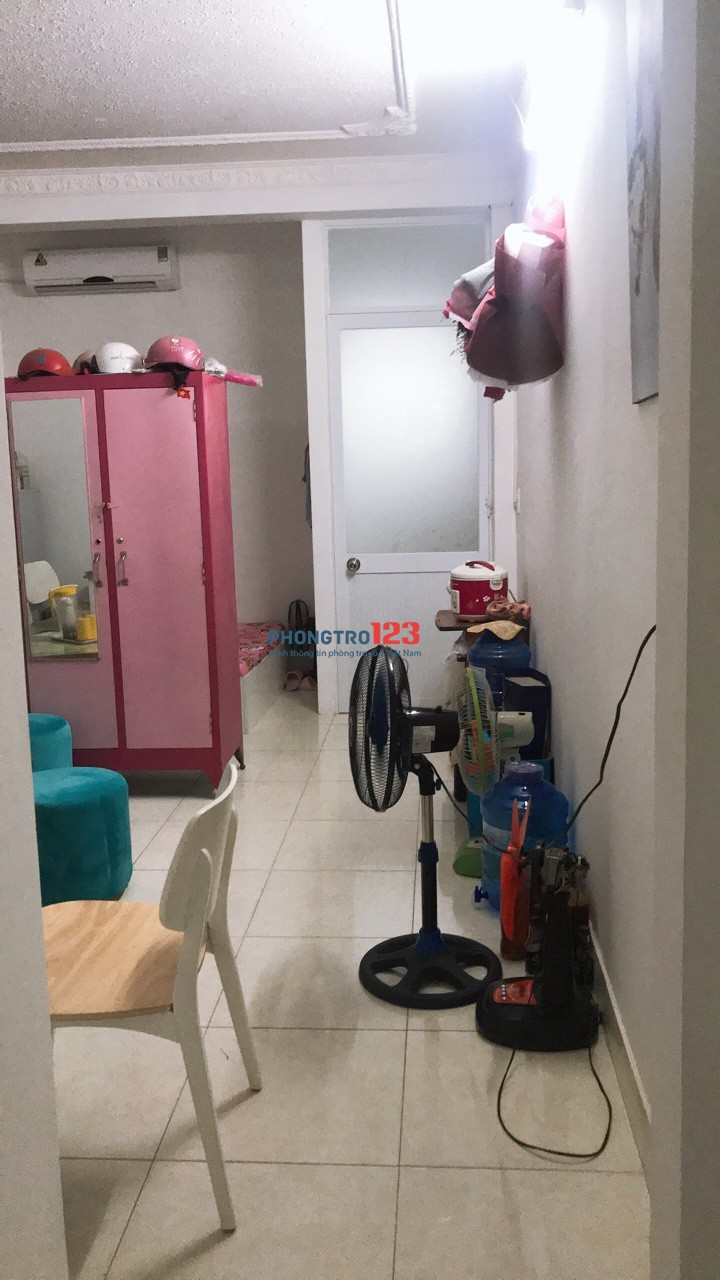Nhượng căn hộ mini full nội thất 2 phòng ngủ 7tr9.