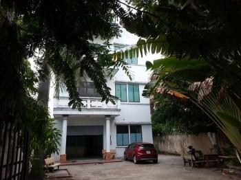 Phòng trọ 18m2, có gác, kệ bếp, gần ngã 3 Phạm Văn Chiêu_Đường 53 Gò Vấp