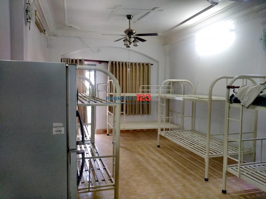 Phòng trọ full nội thất giá sinh viên