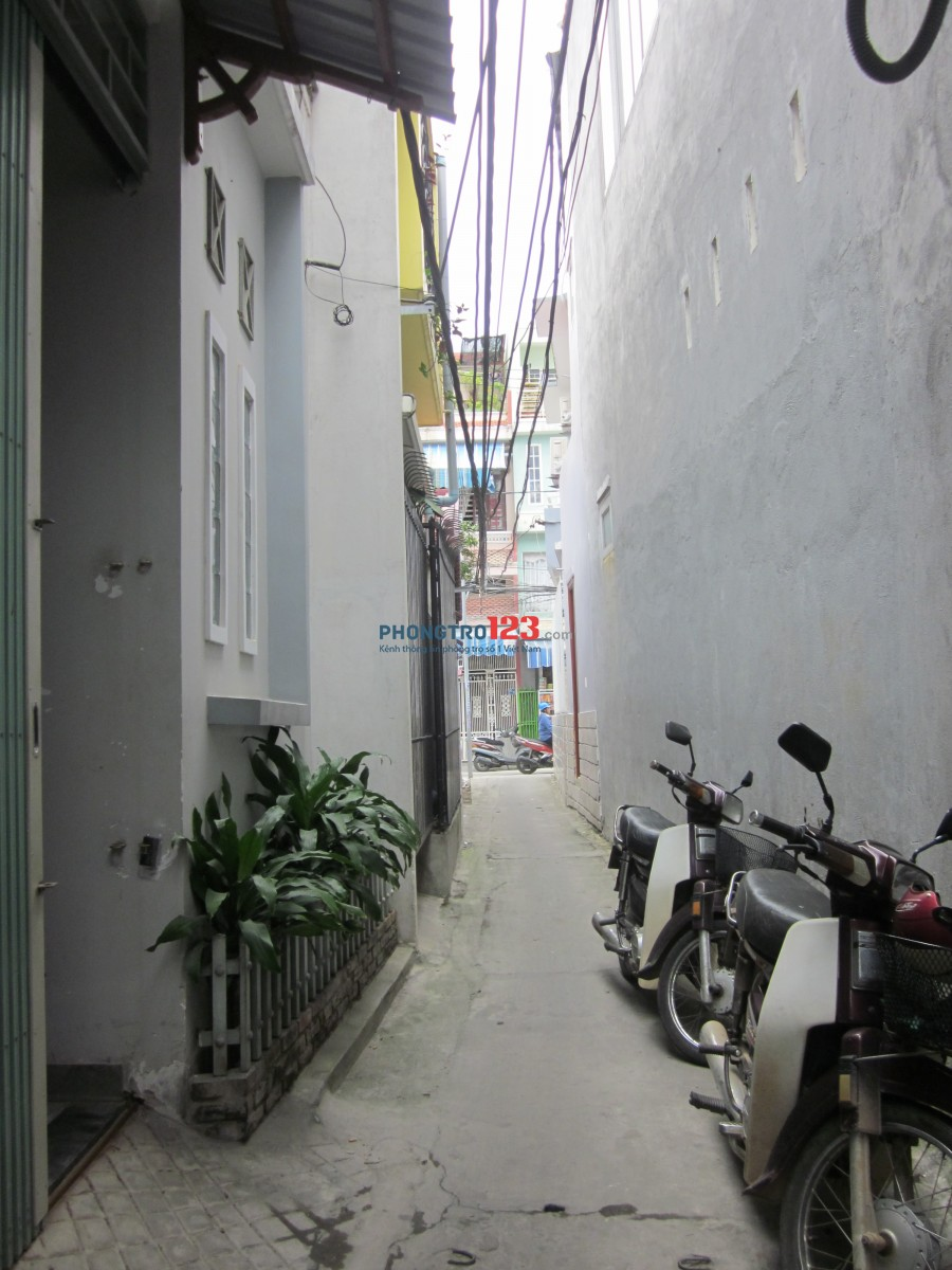 Cho thuê nhà nguyên căn 2 tầng, giá 4 triệu/ tháng, Kiệt 74/19 Trần Cao Vân thông Đinh Tiên Hoàng