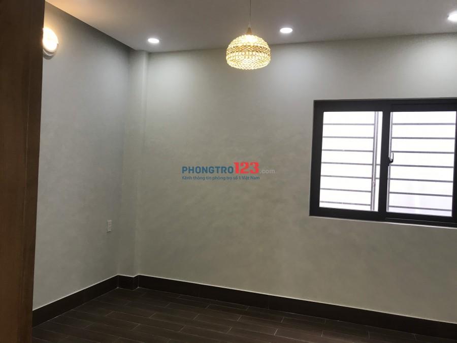 Chính chủ cho thuê nhà mới xây 1 trệt 2 lầu hẻm VIP 1979 Huỳnh Tấn Phát Nhà Bè giá 10tr/th