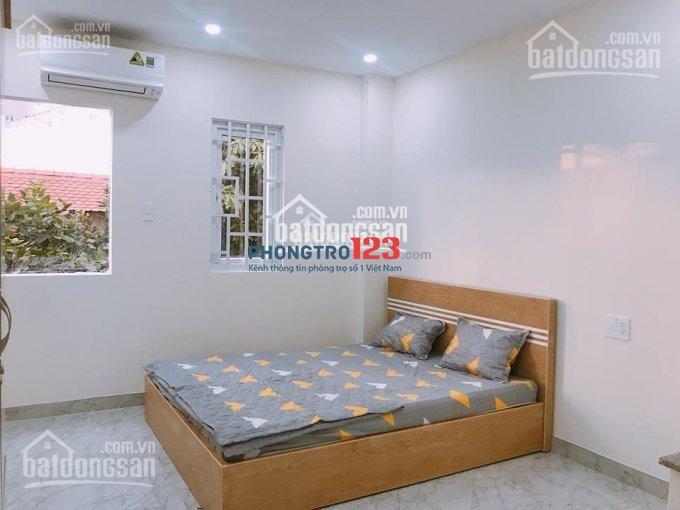 Cho thuê căn hộ dịch vụ đường Nguyễn Cửu Vân , ngay Thảo Cầm Viên, 5 phút tới Q1, CHỈ 4 Triệu/tháng