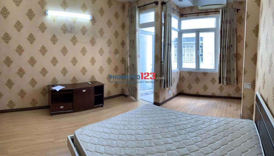 Phòng đẹp full nội thất, thoáng mát gần ngã tư hàng xanh
