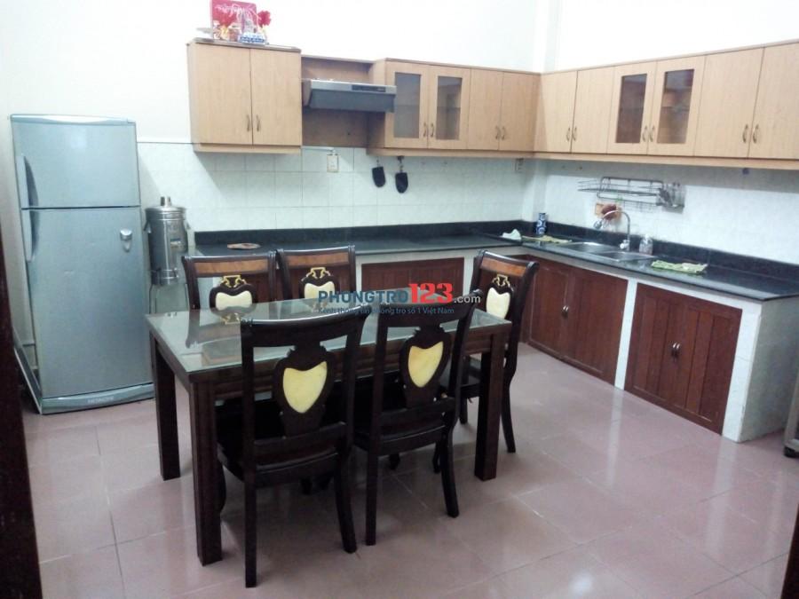 Chính chủ cho thuê phòng đủ tiện nghi rẻ nhất khu vực Cách Mạng Tháng 8 Q3 HXH 6 m
