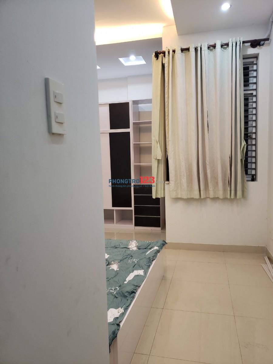 Phòng đầy đủ nội thất trong nhà nguyên căn mới xây tại 73/5 Đường 35 P Bình Trưng Tây Q2