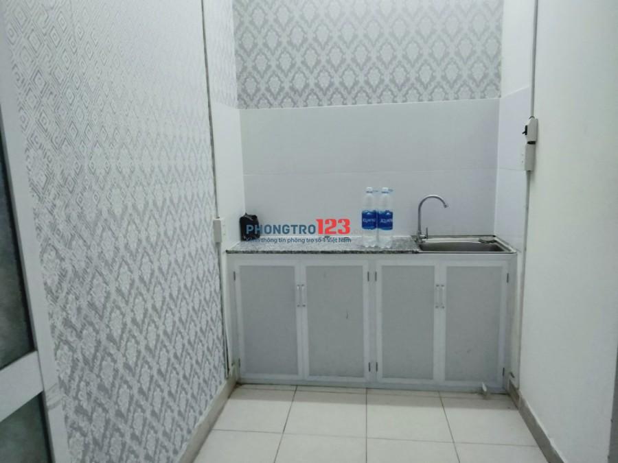 Phòng full nội thất đẹp, gần Hàng Xanh (gần Đại học Hutech)