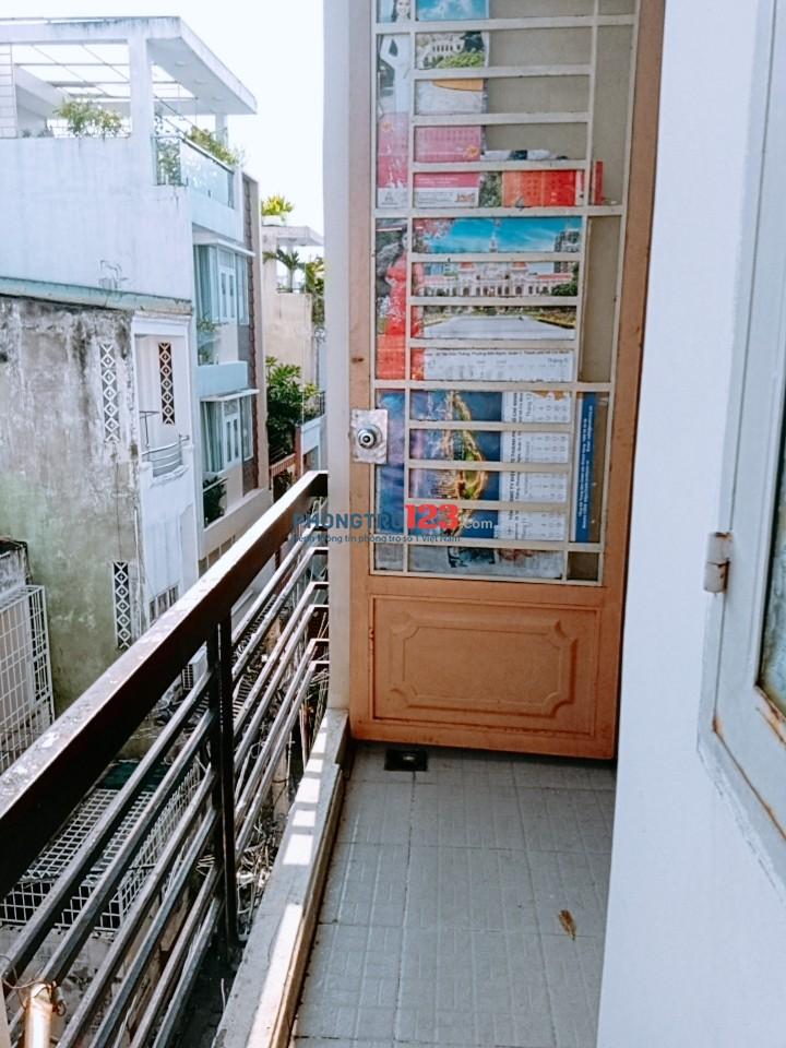 Cho nữ thuê phòng trọ đường Nhiêu tứ, quân Phú Nhuận (gần trường Kinh tế đối ngoại, co op mart rach miễu ..)