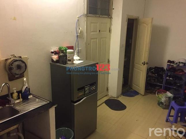 Cho thuê căn hộ chung cư mini gần ĐH Y. Tổng diện tích 40m2 có 2 phòng ngủ, 1 nhà vệ sinh