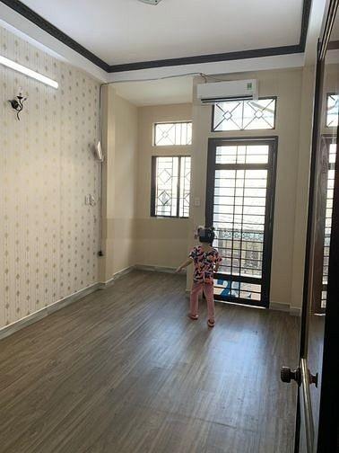 Cho thuê nhà nguyên căn 1 trệt 3 lầu dt 3m x 8m 3 phòng ngủ 3 toilet đầy đủ nội thất