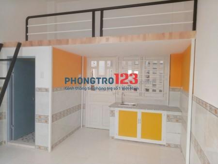 Khu an ninh - cao cấp - bảo vệ 24/24 - cửa khoá vân tay - Giá phòng từ 2tr6 đến 2tr8