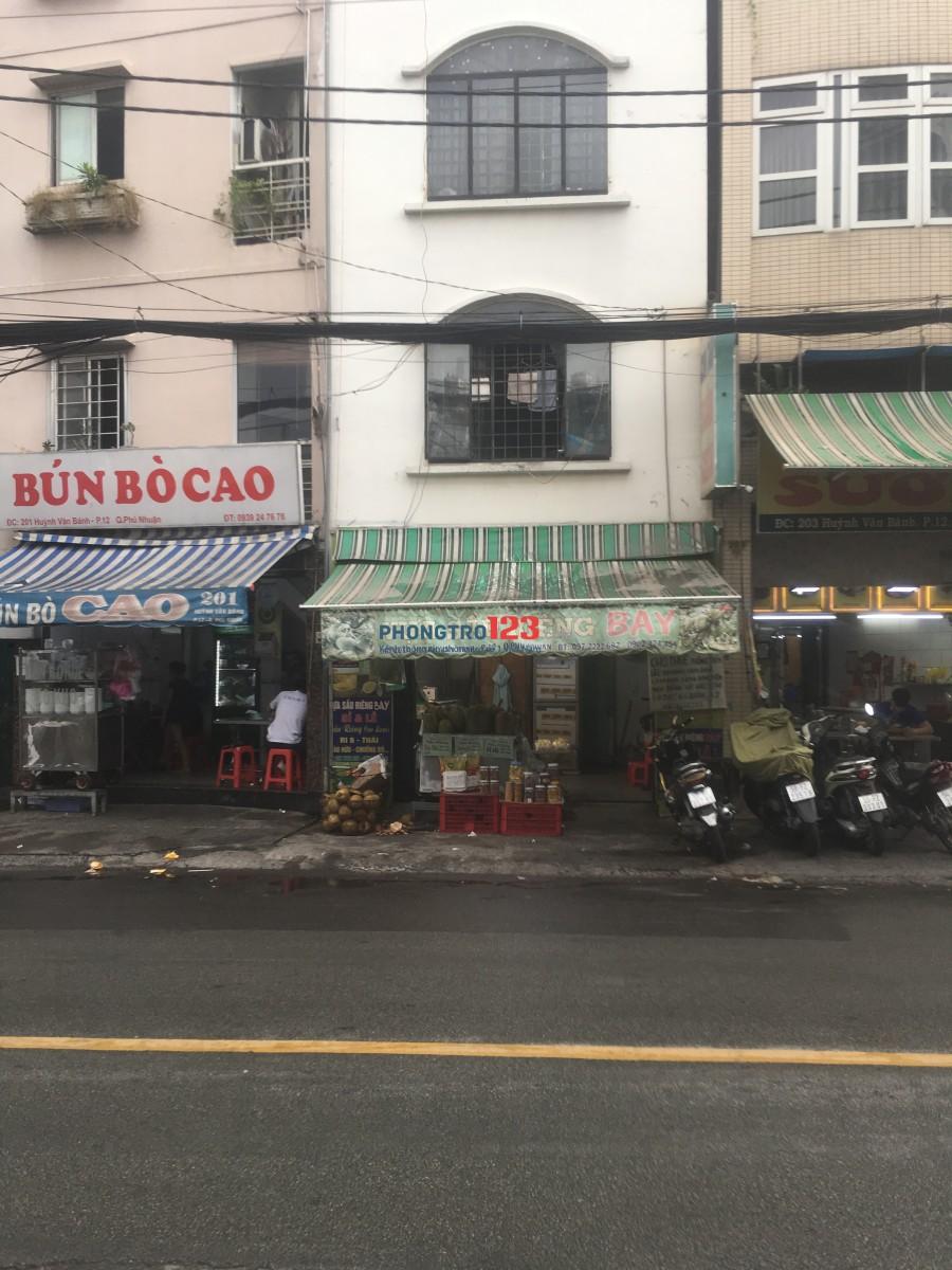Còn 1 phòng duy nhất WC riêng mặt tiền 201A Huỳnh Văn Bánh PN. Giá 1,5tr
