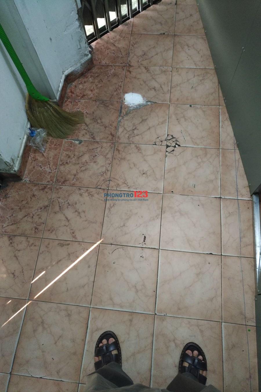 Kios cho thuê 3m X 1m2, mặt tiền đường Điện Biên Phủ, Quận 1