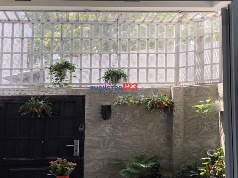 Nhà cho thuê đường Nguyễn Cửu Vân 5x22m, mặt tiền, giá cực sốc !!!