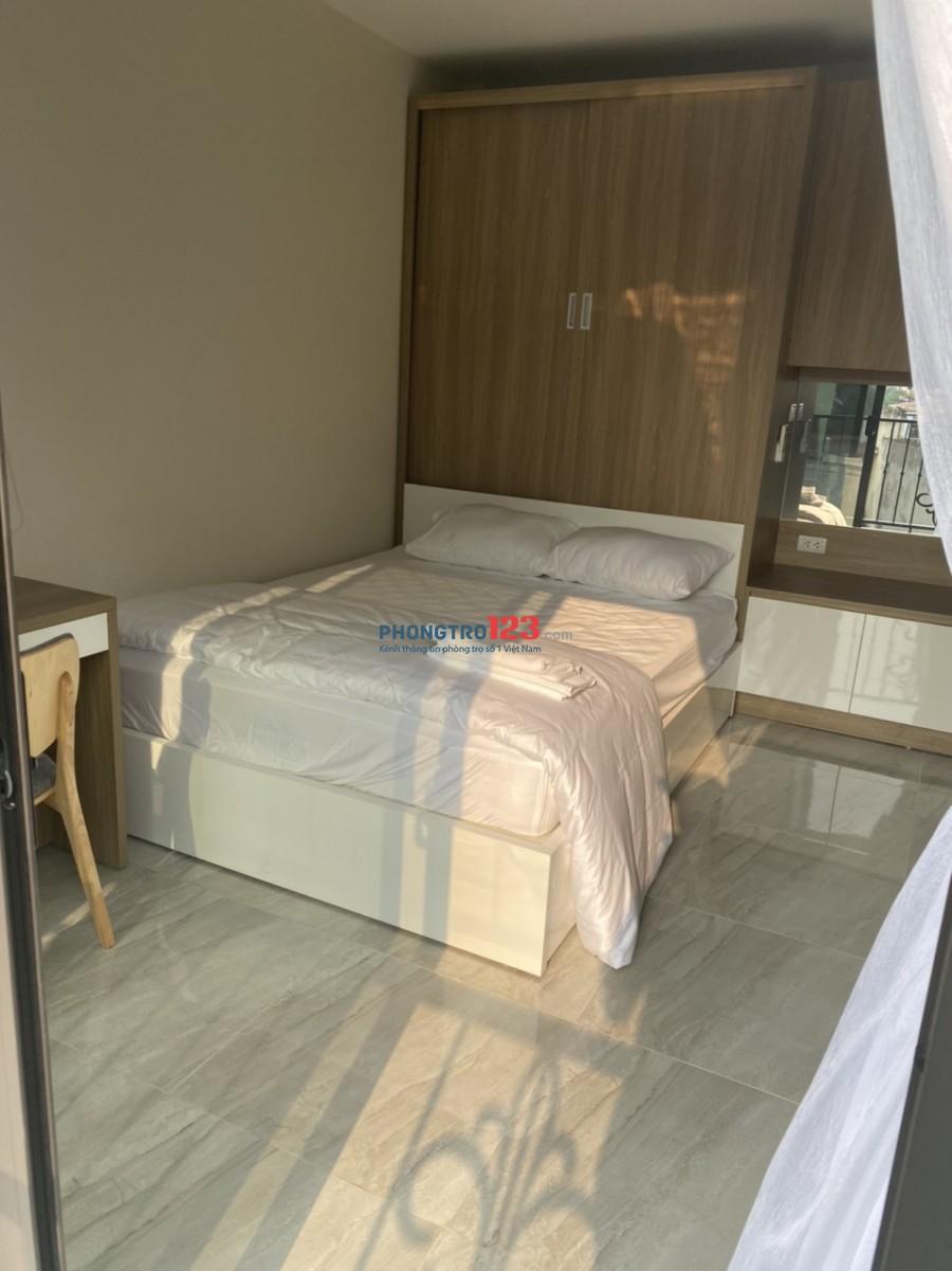 Cho thuê căn hộ cao cấp full đồ view Hồ Tây đường Nhật Chiêu