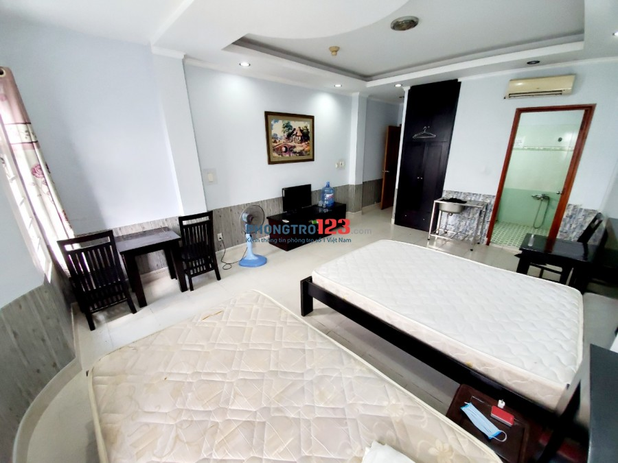 Phòng trọ ngay trung tâm quận Phú Nhuận, thuận tiện đi lại