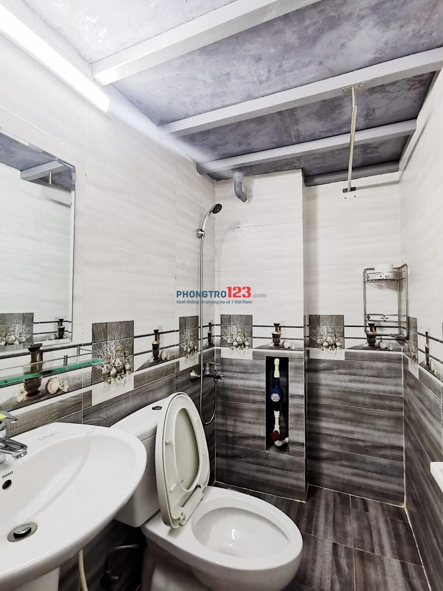 Căn Hộ Duplex Full Nội Thất ngay chợ Lý Phục Man,Giảm Giá Mạnh