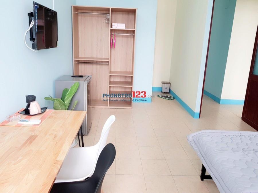 Tìm 1 nữ ở ghép, giá 2 triệu. Phòng đầy đủ nội thất, đường Phan Văn Hân quận Bình Thạnh