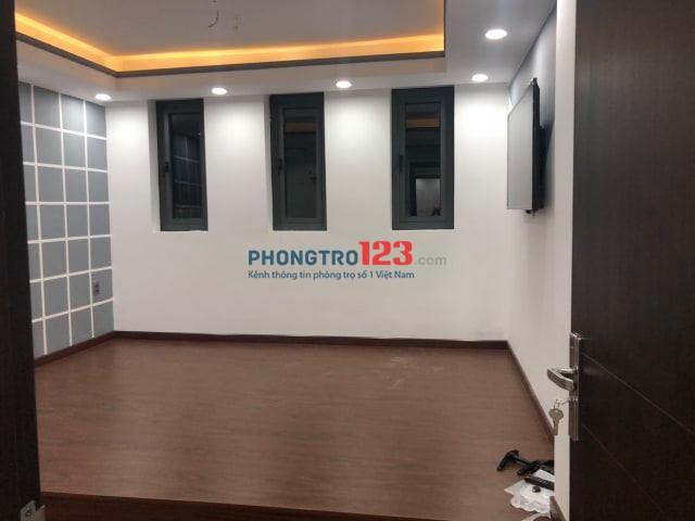 Chính chủ cho thuê nhà 1 trệt 2 lầu hẻm lớn Quận Tân Phú 4mx14m. 4PN, 3WC, full nội thất