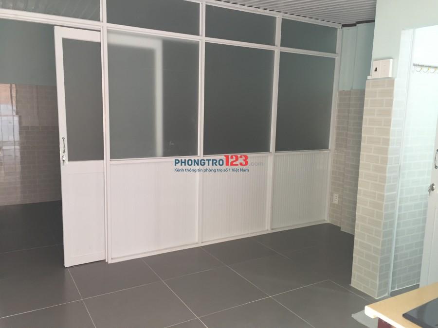 Cho thuê nhà nguyên căn Phú Nhuận 4tr2 máy lạnh, wifi free