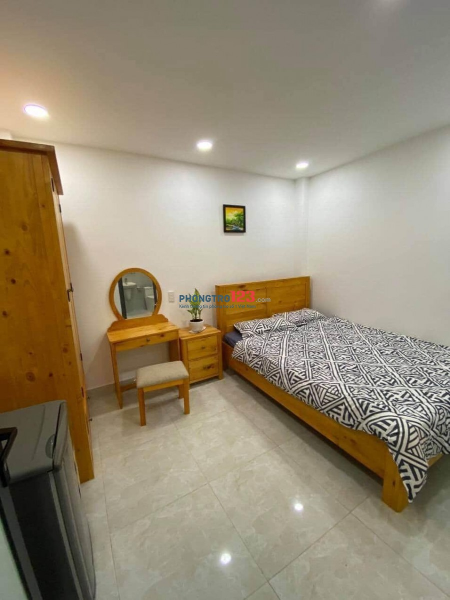 Cho thuê phòng trọ nội thất đầy đủ và mới 100% tại đường Hoàng Sa Quận 3