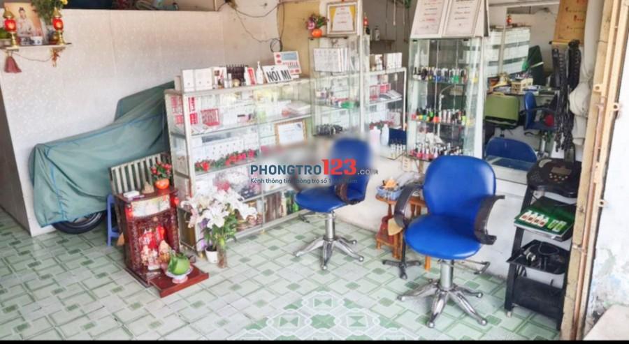 Cần sang tiệm tóc giá rẻ đầy đủ vật dụng tại Đường Số 4 P Bình Hưng Hoà B Q Bình Tân