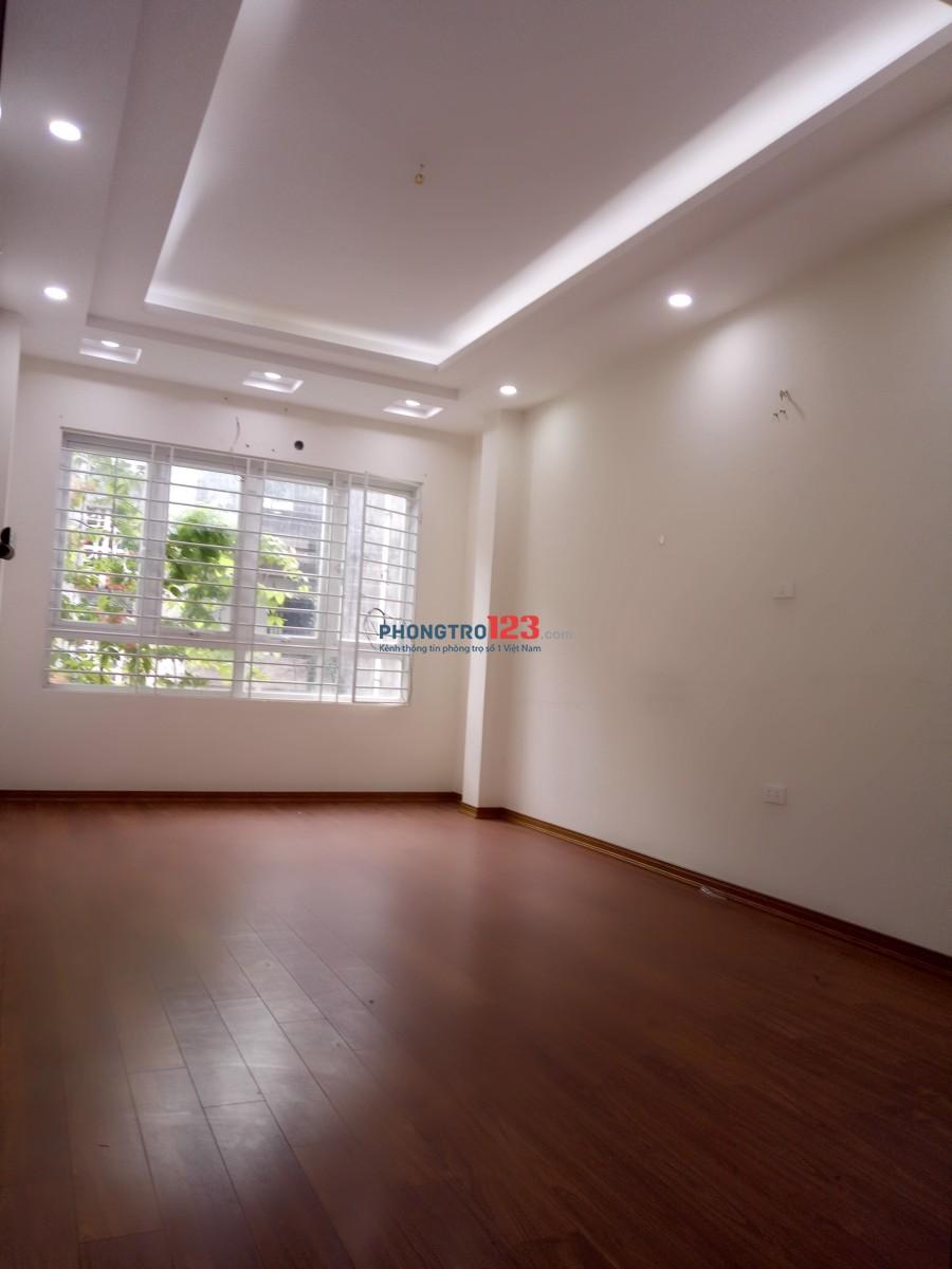 Cho thuê phòng tại Mai Dịch- đẹp, rẻ, an ninh tốt, gần Trường Đh thương mại