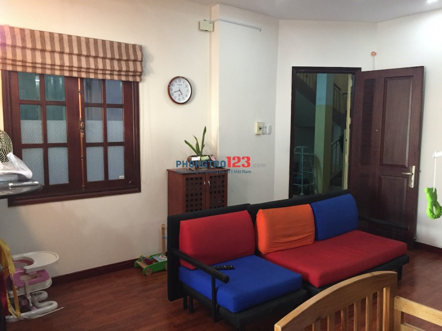 Tìm người ở ghép chung cư Trần Kế Xương, Phú Nhuận, HCM