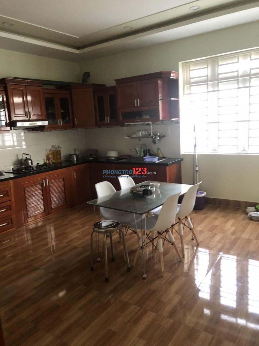 Cho thuê nhà nguyên căn 1 trệt 3 lầu 6pn 5x20 mặt tiền 143 Đường 35A Trịnh Quang Nghị P7 Q8