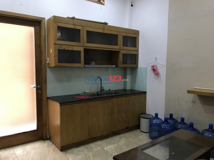 Nhà nguyên căn 5x20m hẻm xe tải Nguyễn Gia Trí, 3 lầu