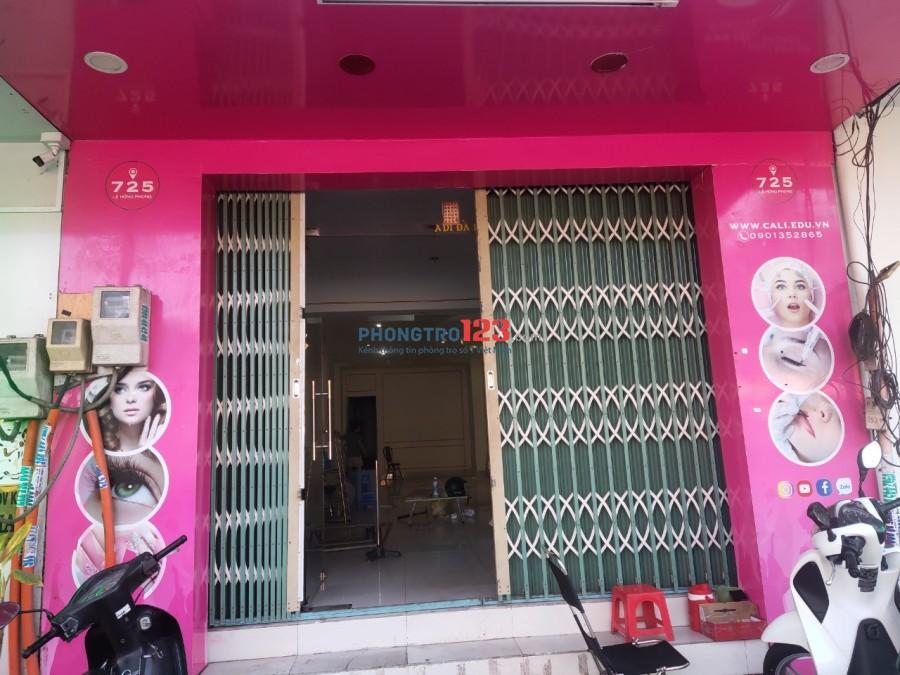 Cho thuê mặt bằng tiền đường 725 Lê Hồng Phong Q10