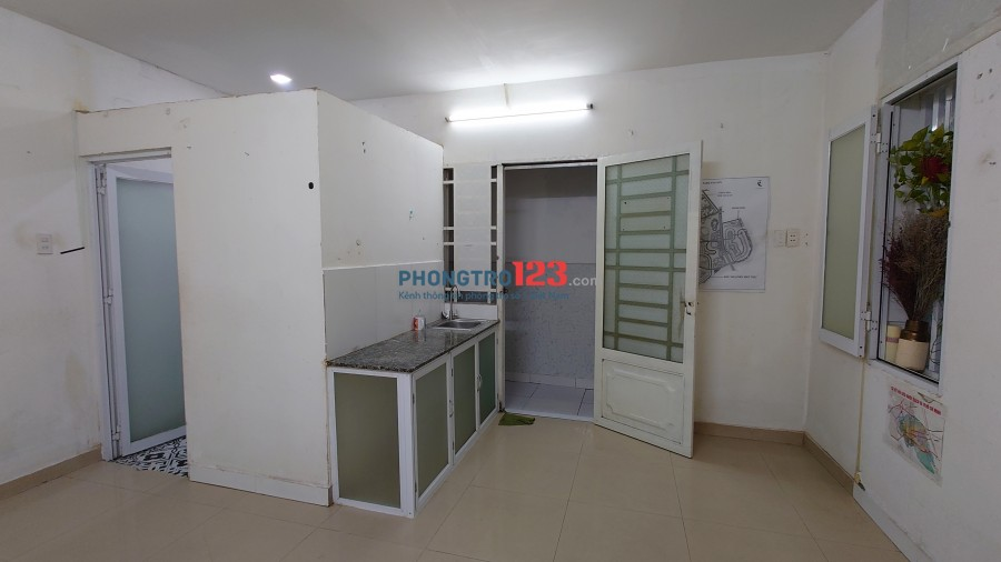 Cho thuê phòng có máy lạnh máy giặt, tự do, tiện ích đầy đủ tại Huỳnh Tấn Phát Q7