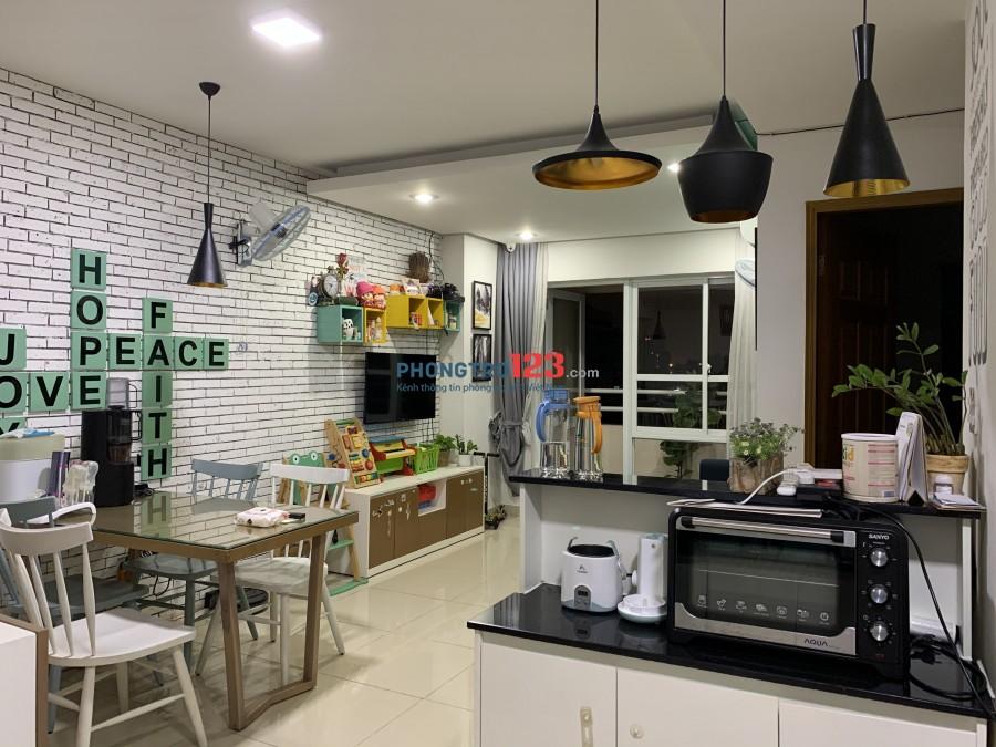 Cho thuê căn hộ Saigonland, 3 phòng ngủ, đầy đủ nội thất, trung tâm Hàng Xanh