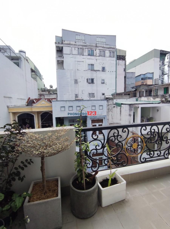 Studio_full nội thất có ban công_gần sân bay Tân Sơn Nhất_ngay công viên Hoàng Văn Thụ