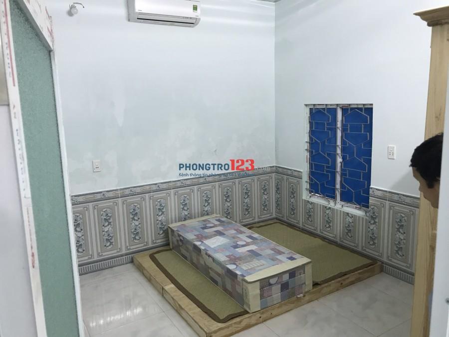 Nhà kiệt 3m8 Nguyễn Thành Hãn rộng rãi, full đồ, để xe phơi đồ tiện lợi, khu dân cư cán bộ quân đội