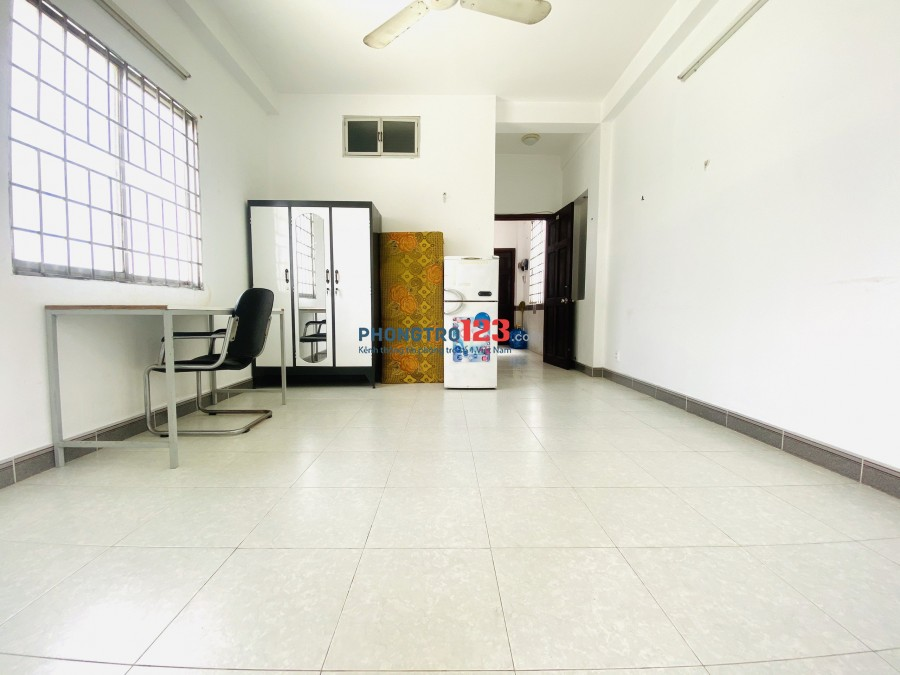 Phòng cho thuê 25m2, Full Nội Thất, Lì Xì 500.000đ ngay khi thuê