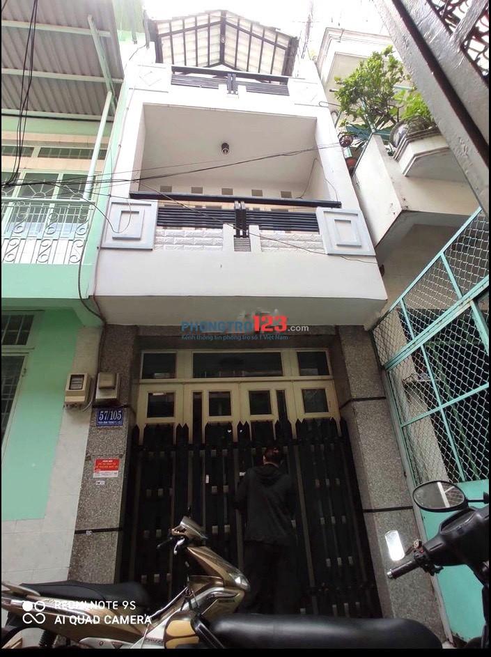 Cho thuê nhà nguyên căn 3x11 1 trệt 2 lầu Hẻm 4m tại Trần Bình Trọng P1 Q5 giá 15tr/th