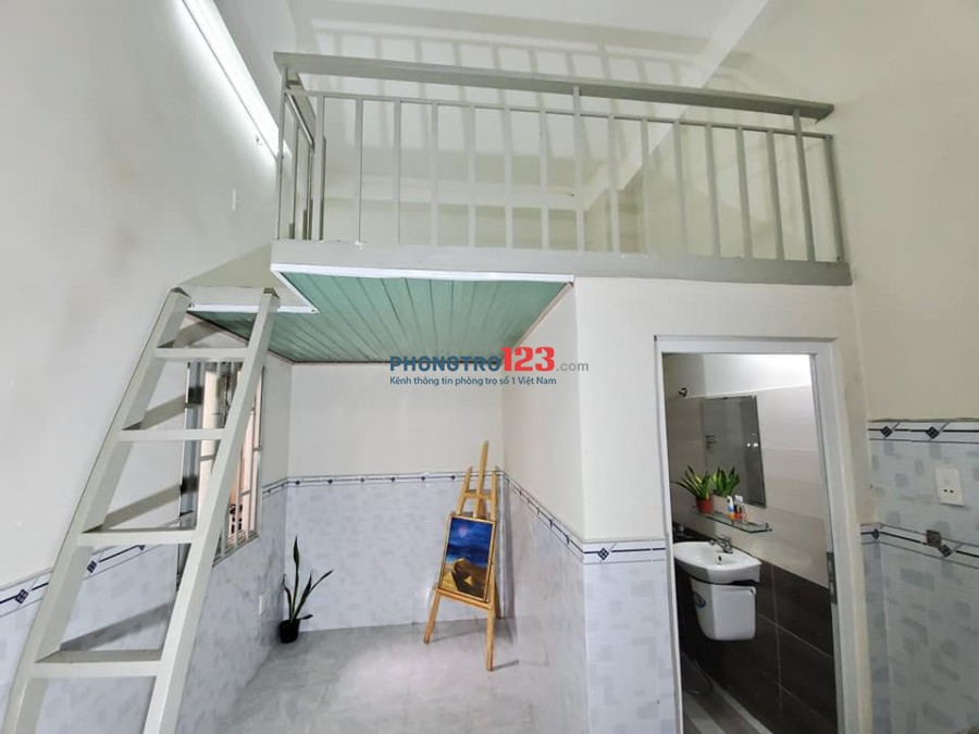 phòng trọ giá rẻ gác cao thoáng mát ở được 2-4 người tại Quang Trung,giò tự do
