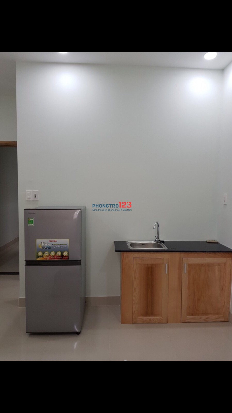Căn hộ dịch vụ P4, Q. Tân Bình full nội thất, gần Vincom Cộng Hòa, ngã ba Út Tịch, sân bay. Gía 4tr/tháng