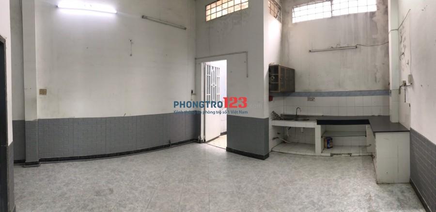Cho thuê nhà mặt phố 5x30 ở 14A Đường số 34 P Linh Đông Q Thủ Đức cách Phạm Văn Đồng 100m