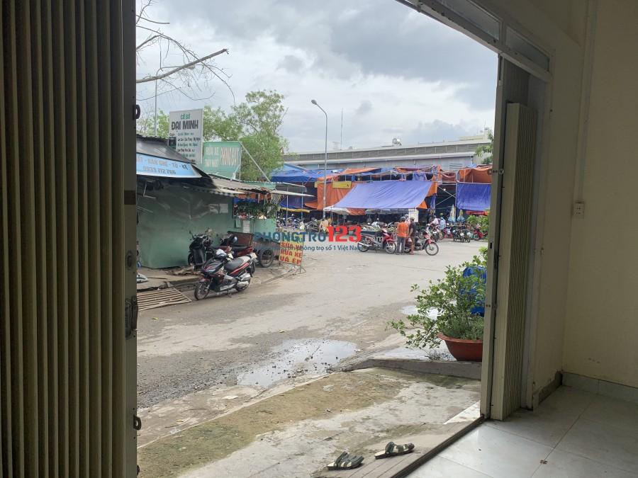 Mặt bằng/nhà nguyên căn đối diện chợ Phú Thuận 5x12