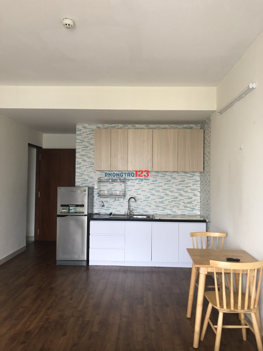 Cho thuê căn hộ studio, tầng cao, thoáng mát, giá rẻ
